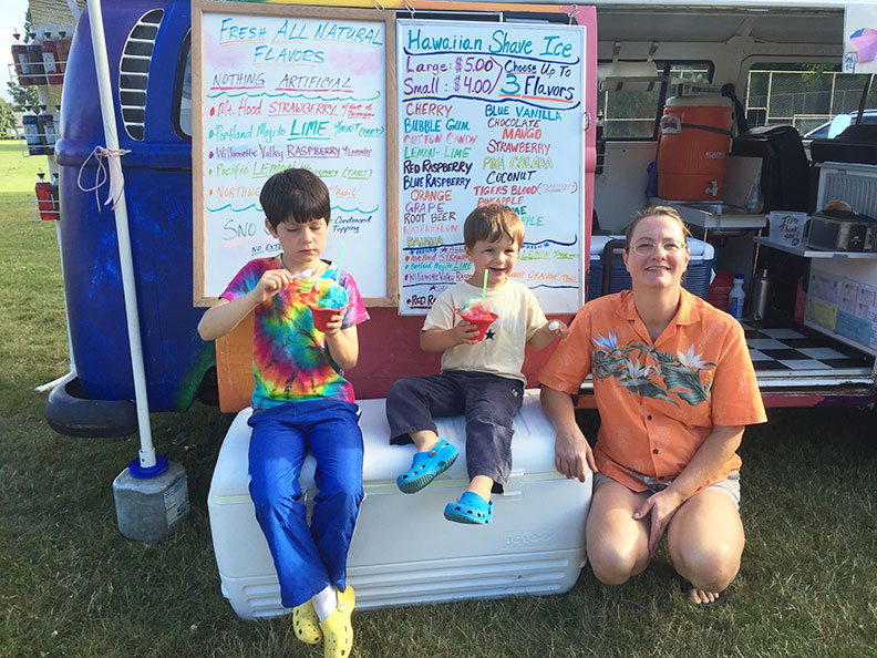 Kids eating shave ice