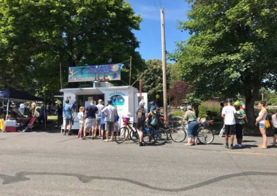 event - line of people to purchase island daydream shave ice